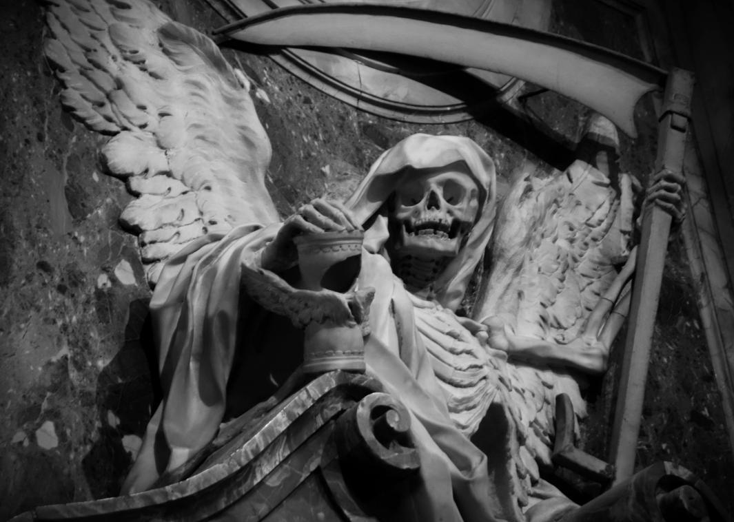 Memento Mori Tomb