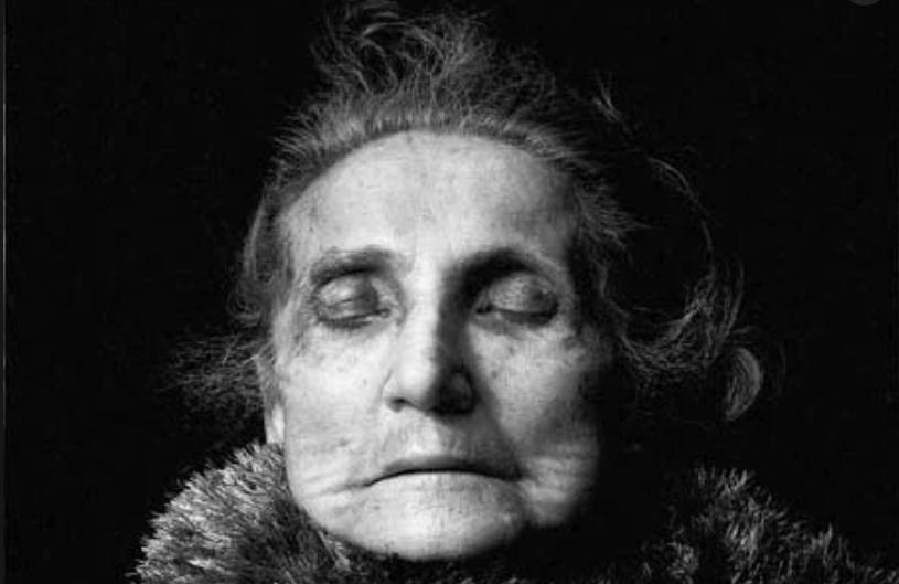 Photo Documentaries On Death